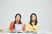 한국인, 대학생, 청년 (성인), 라이프스타일, 신입생, 취업준비생, 캠퍼스, 공부 (움직이는활동)