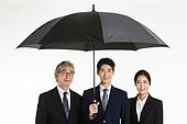 비즈니스, 비즈니스 (주제), 금융, 보험 (주제), 우산 (액세서리), 보호, 보호 (컨셉), 수비 (스포츠활동), 방어벽 (수비), 저지하기 (홀딩), 협력, 도움 (컨셉)
