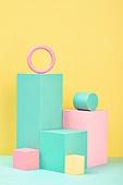 백그라운드, 사람없음, 오브젝트 (묘사), 컬러, 파스텔톤 (색상강도), 도형, 기하학모양 (도형), 육면체 (Three-dimensional Shape), 교육 (주제), 원형 (이차원모양), 장난감블록 (장난감), 블록모양 (도형), 원통 (Three-dimensional Shape)