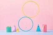 백그라운드, 사람없음, 오브젝트 (묘사), 컬러, 파스텔톤, 도형, 기하학모양, 장난감블록, 블록모양, 실내, 스튜디오촬영, 육면체 (Three-dimensional Shape), 원뿔, 원형 (이차원모양), 쥬얼리 (액세서리), 반지, 목걸이 (쥬얼리), 진주 (쥬얼리), 액세서리 (인조물건), 헤어핀 (헤어액세서리)