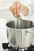 가정주방 (주방), 음식재료 (음식), 요리하기 (음식준비), 레시피, 만두 (한식), 끓이기 (상태), 멸치