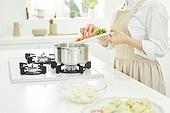 가정주방 (주방), 음식재료 (음식), 요리하기 (음식준비), 레시피, 만두 (한식), 끓이기, 채소