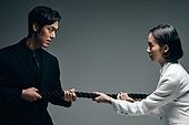 갈등, 내면, 흑백, 대결, 싸움 (물리적활동), 편견 (사회이슈), 불만, 라이벌, 비교