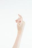 한국인, 동양인 (인종), 성인여자, 사람손 (주요신체부분), 사람팔 (사람팔다리), 행동 (모션), 손짓 (제스처), 뷰티 (아름다움), 쥬얼리, 반지, 팔찌, 액세서리 (인조물건), 누끼 (누끼), 부분, 행동, 아름다움, 의료성형뷰티, 한명, 손가락, 사람, 실내, 스튜디오촬영, 몸 (인간의특성)