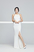 흰색 (색), 드레스, 고급 (컨셉), 멋 (컨셉), 여성, 생각 (컨셉)