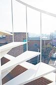 빔 (상태), 빛 (자연현상), 백그라운드, 햇빛, 인테리어, 실외, 야외계단 (계단), 계단, 지붕 (건물특징), 풍경 (컨셉)