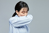 코로나바이러스 (바이러스), 코로나19 (코로나바이러스), 코로나19, 감기 (질병), 기침, 예절 (컨셉), 기침예절