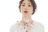 의료성형뷰티, 한국인, 청년여자 (성인여자), 클로즈업, 뷰티, 아름다움 (주제), 미녀, 사람피부, 순수, 깨끗함, 얼굴 (사람머리), 포즈 (몸의 자세)