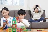 어린이 (나이), 교육 (주제), 소년, 스마트폰, 중독, 스몸비 (컨셉)