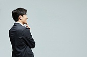비즈니스맨, 생각 (컨셉), 미소, 만족