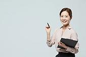 여성, 미소, 설명, 인터넷강의 (교육), 비즈니스우먼