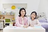 어린이 (나이), 초등학생, 교사 (교육직), 방문학습, 홈스쿨링, 공부 (움직이는활동), 미소, 밝은표정