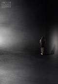 그래픽이미지, 구속 (컨셉), 외로움, 어두움, 고독 (컨셉), 우울 (슬픔), 커뮤니케이션문제 (커뮤니케이션), 정신병