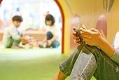 키즈카페, 어린이 (나이), 유아교육 (교육), 유아교육, 유치원, 스마트폰, 수줍음 (감정), 소외, 중독, 노모포비아 (신조어)