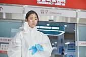 코로나바이러스 (바이러스), 코로나19 (코로나바이러스), 방호복 (방호용품), 병원 (의료시설), 병동근무원 (의료직), 의사, 간호사, 의사 (의료직), 위기극복 (컨셉)