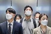 코로나바이러스, 코로나19 (코로나바이러스), 사회적거리두기, 마스크 (방호용품), 대기오염 (공해), 엘리베이터, 피로 (물체묘사), 출퇴근 (여행하기), 스트레스