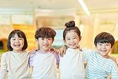 키즈카페, 어린이 (나이), 유아교육 (교육), 유아교육, 유치원 (학교건물), 유치원생, 순수, 행복