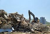 철거, 붕괴 (형태변형), 발전 (컨셉), 건설현장 (인조공간), 건설업 (산업), 포크레인, 건설장비 (장비)