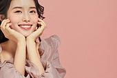 20대 (청년), 뷰티, 여성, 분홍 (색), 미소