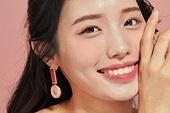 20대 (청년), 뷰티, 여성, 분홍 (색), 미소, 밝은표정