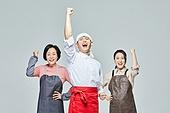 청년 (성인), 남성, 요리사, 조리복 (방호용품), 상인 (소매업자), 50대 (중년), 여성, 시장상인, 파이팅 (흔들기), 자신감