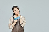여성, 소매업자, 시장상인, 상인 (소매업자), 지원금, 걱정 (어두운표정)