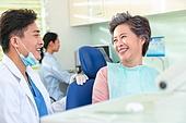 병원,치과,치료,진료,의사,할머니,환자,의사
