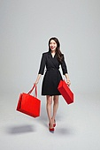 여성, 쇼핑 (상업활동), 선물 (인조물건), 미소, 쇼핑백, 패션