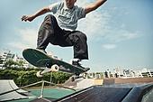 스케이트보드, 스케이트보딩, 스포츠, 라이프스타일, 익스트림스포츠 (스포츠), 운동, 활력 (컨셉), 도전, 도전 (컨셉), 열정 (컨셉), 성취 (성공)