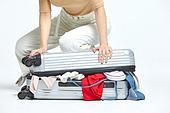 여성, 여행, 여행자 (역할), 여행가방 (짐), 넘침 (가득함), 역경 (컨셉)