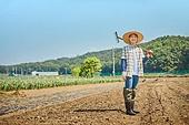 귀농, 농업활동, 농부 (농촌직업), 경작, 농기계 (농업설비), 작업도구 (장비)
