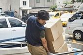 남성, 배달 (일), 택배배달부 (배달부), 배달부, 운반인 (직업), 상자, 상자 (용기)