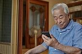 70대, 노인 (성인), 스마트폰, 디지털소외, 화상통화 (인터넷전화)