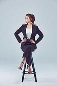 여성, 비즈니스우먼, 비즈니스, CEO (Manager), 스타트업, 의자 (좌석)