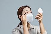 코로나바이러스 (바이러스), 코로나19 (코로나바이러스), 화장품 (몸단장제품), 눈화장, 마스카라