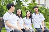 십대 (나이), 고등학생, 교복, 교육 (주제), 중학생, 학생, 친구, 중고등학교 (학교건물), 대화, 커뮤니케이션, 행복