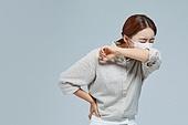 마스크 (방호용품), 코로나바이러스 (바이러스), 코로나19 (코로나바이러스), 사회적거리두기 (사회이슈), 감기예방마스크 (마스크), 감기, 기침, 기침예절 (예절)