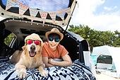 남성, 차박캠핑 (캠핑), 캠핑, 휴가, 혼자여행 (여행), 리트리버, 골든리트리버, 반려동물 (길든동물), 미소