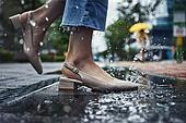폭우 (비), 기상 (날씨), 날씨, 일기예보 (인공), 비 (물형태), 장마, 장마 (계절), 폭우, 폭풍 (폭풍우), 빗물웅덩이 (물)