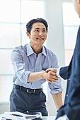 비즈니스 (주제), 비즈니스맨 (사업가), 화이트칼라 (전문직), 신뢰 (컨셉), 믿음 (컨셉), 악수, 약속, 계약