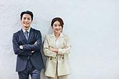 비즈니스 (주제), 비즈니스맨 (사업가), 화이트칼라 (전문직), 신입사원 (화이트칼라), 채용 (고용문제), 자신감, 팀워크