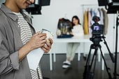 MCN, 1인미디어, 1인미디어 (사회이슈), 유튜브, SNS (기술), 인플루언서 (컨셉), 뒷광고, 내돈내산, 허위광고
