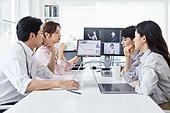 MCN, 비즈니스, 비즈니스 (주제), 일 (물리적활동), 회의실, 미팅, 아이디어 (컨셉), 토론, 분석, 성공, 자신감