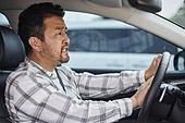 운전, 자동차경적 (차량부품), 화, 분노, 분노조절장애, 스트레스, 짜증, 불쾌함 (어두운표정)