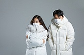 차가움 (컨셉), 따뜻한옷 (옷), 롱패딩 (패딩), 겨울, 한파, 한파 (자연현상), 패딩, 마스크 (방호용품), 감기