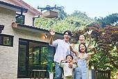자식두명과가족 (자식), 전원생활 (컨셉), 정원, 드론, 비대면