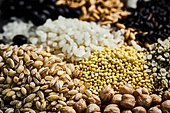 곡식 (식물), 날것, 농작물, 유기농, 귀리작물 (곡식), 조 (식물), 햄프씨드 (씨), 쌀, 흑미, 보리, 검정콩, 병아리콩, 강낭콩