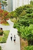 코로나바이러스, 코로나19 (코로나바이러스), 사회적거리두기, 마스크 (방호용품), 운동, 달리기 (물리적활동), 조깅 (운동), 걷기 (물리적활동)