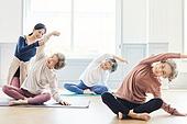 한국인, 노인 (성인), 실버라이프 (주제), 요가, 노인여자 (성인여자), 운동, 실버라이프, 요가수업 (요가), 요가지도자, 미소