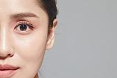 여성, 사람피부 (주요신체부분), 클로즈업, 뷰티, 얼굴 (사람머리), 사람눈 (주요신체부분), 사람코 (주요신체부분), 사람입 (주요신체부분), 미소